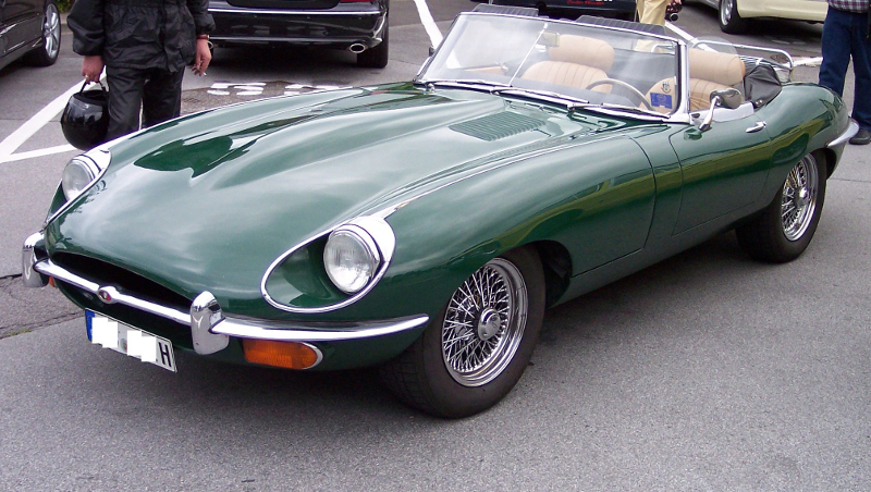 High quality version of the Jaguar e-type image