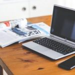 smartphone-desk-laptop-searchblog-kracked